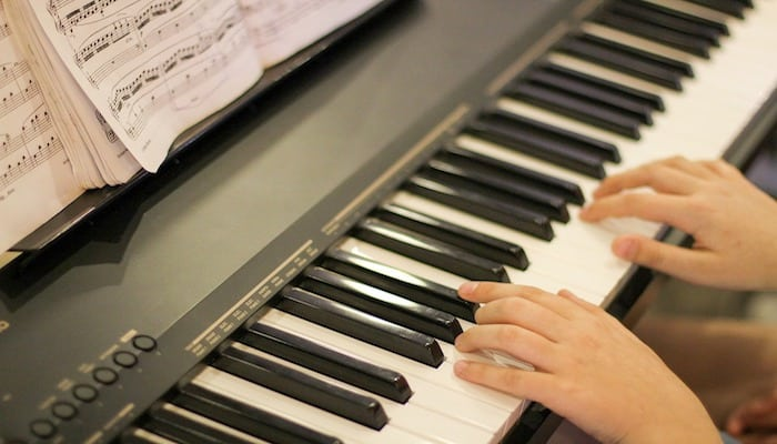 Digital Pianos Buying Guide