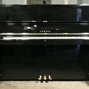Yamaha-U1E-Upright-Piano