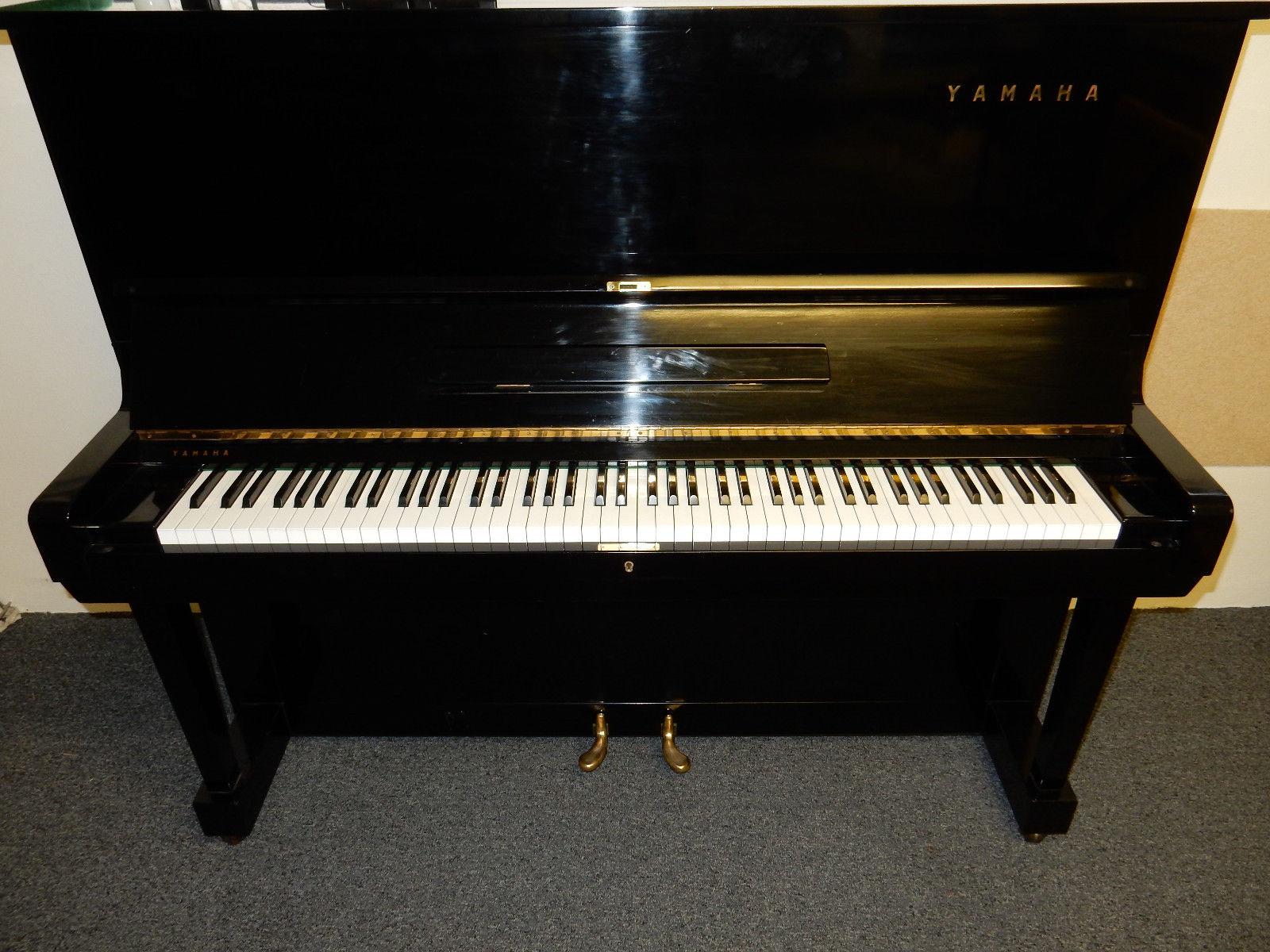 Yamaha-U3M-Upright-Piano