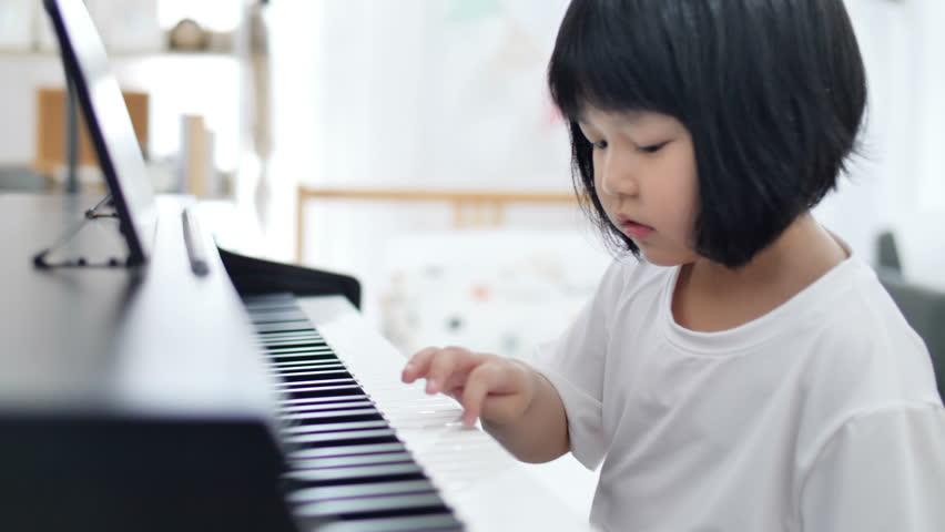 piano lesson kids