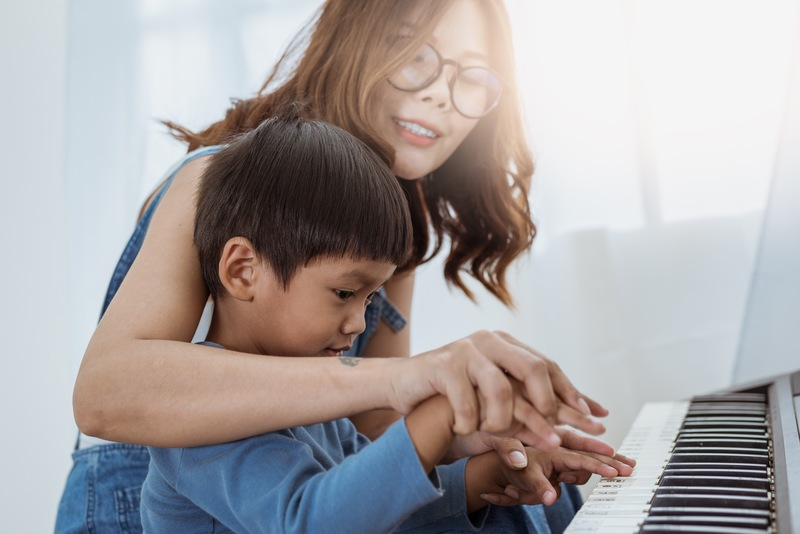 Tips to Get Your Kids Interested in Piano Playing