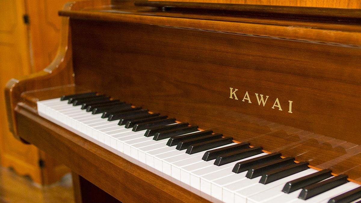 used kawai piano